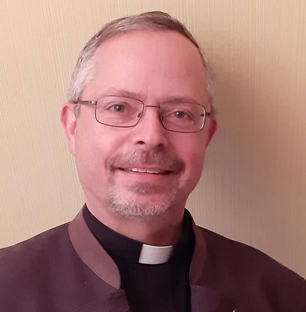 Pfarrer Heß