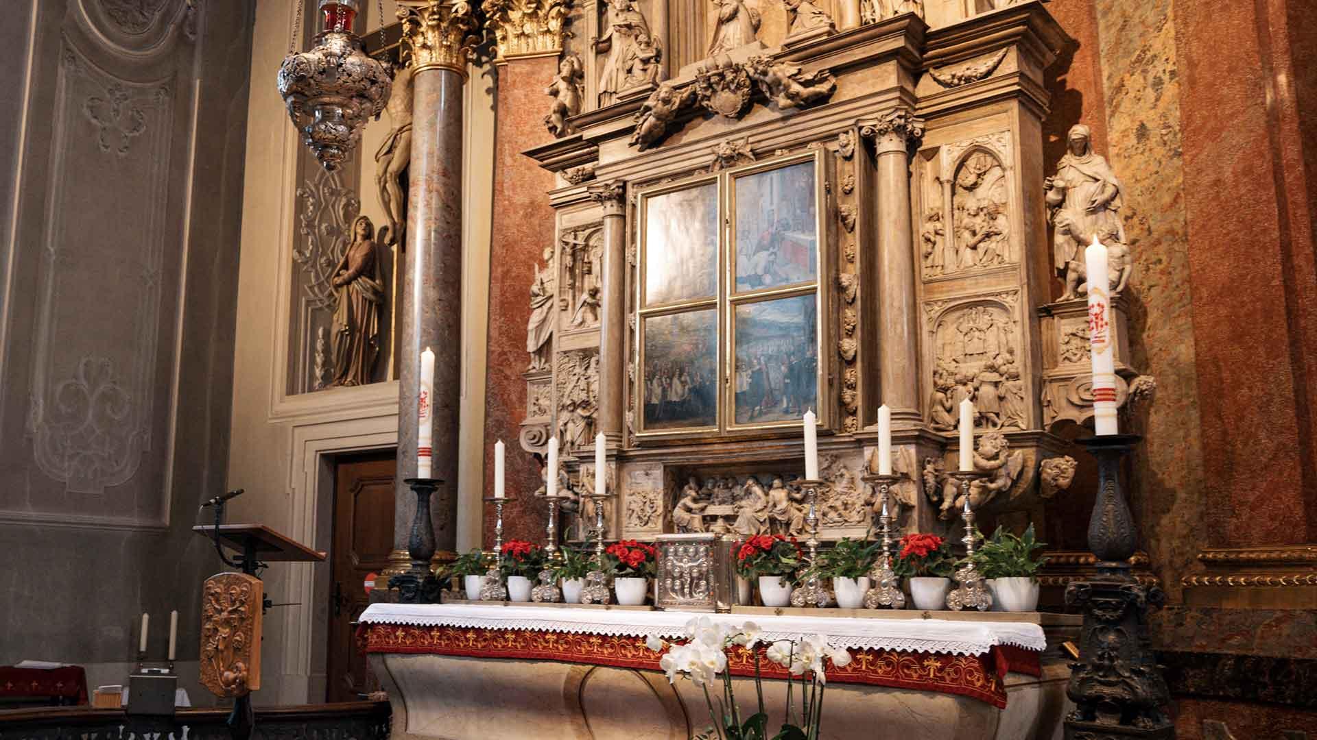 Pontifikalämter aus der Wallfahrtsbasilika in Walldürn