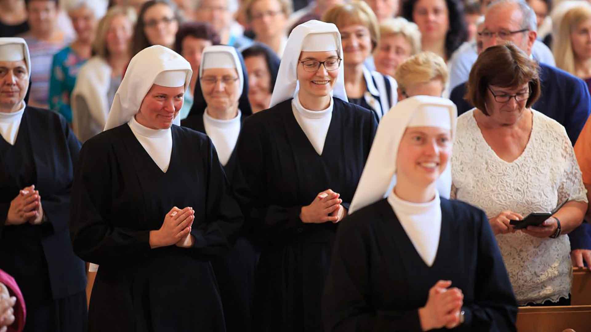 Einkleidungsfeier Auerbacher Schulschwestern
